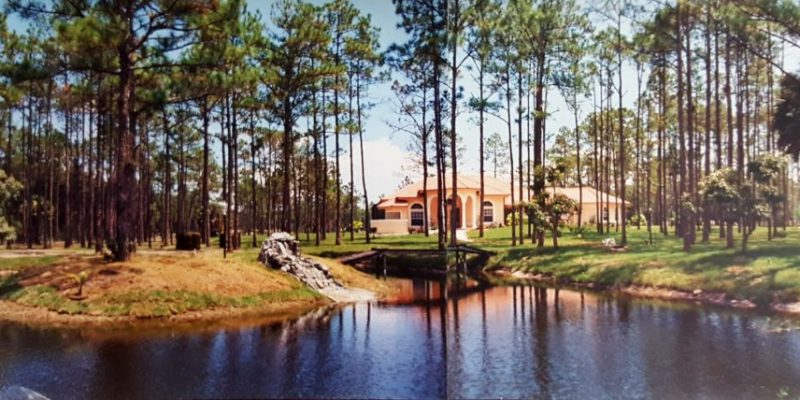 New home for dr. Rubenstein, consist of a  Home , horse barn with two tack rooms  and detached 6 car garage in 5 acre property in home land community , lake worth florida 2003
